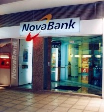 Καταστήματα NovaBank (2000)