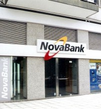 Καταστήματα NovaBank (2003)